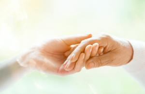 ellerinizdeki yaslanma ruh halinizi ele verebilir