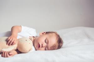 bebeklerin uyku duzenini olusturmak icin