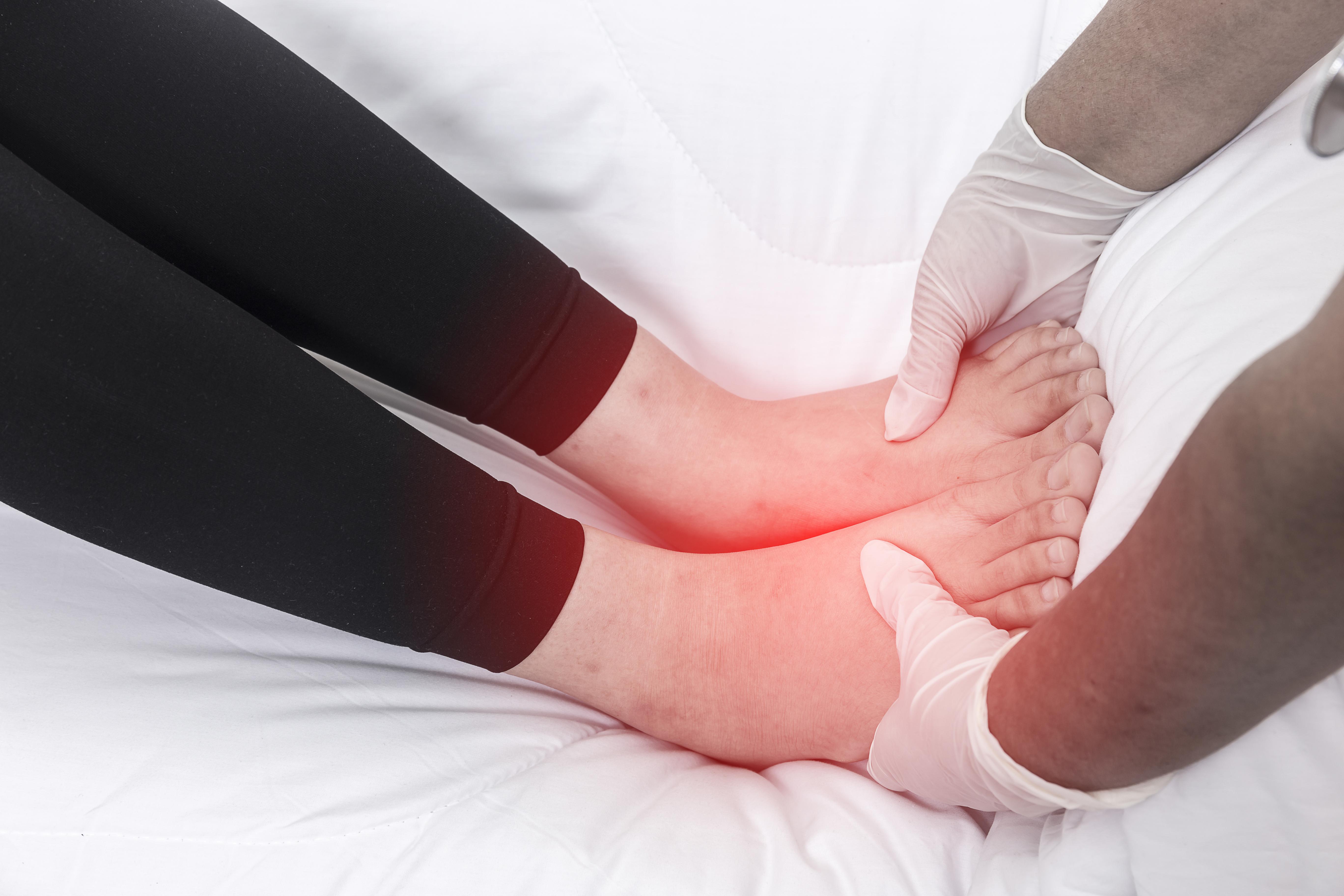 Bacaktaki lenf nodu: yer, artış ve tedavinin nedenleri