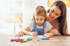okul caginda olan cocuklar icin ozellikle anne ve babalar daha cok da anneler surekli program yapma pesindedir